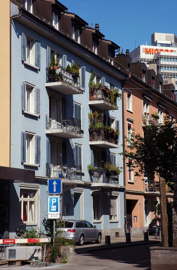 Kreis 5 Qartier Industriequartier Zürich Schweiz Sommer Migros
