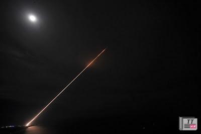 Đường đạn của tên lửa THAAD
