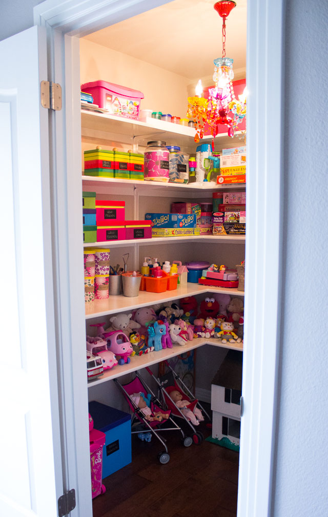 craft ideas for garage sales - Reign in Your Kids Toys with These Simple Storage Ideas
