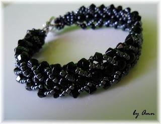 bransoletka czarna grafitowa koraliki