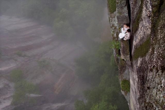 Foto Prewedding Paling Extreme di Dunia