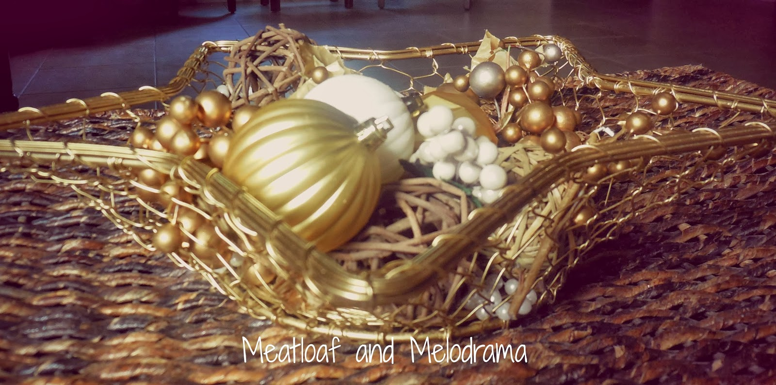 white and gold Christmas centerpiece