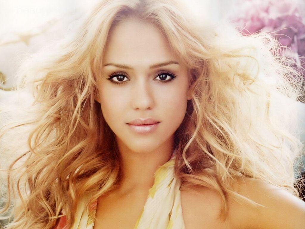 http://4.bp.blogspot.com/-iEsT6a2WSPI/TwGxaT3BZqI/AAAAAAAAAMY/Qm1vA8esykg/s1600/Jessica-Alba-Wallpapers-Windows-7-3.jpg