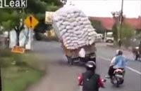 Overloaded Truck 27-01-2015