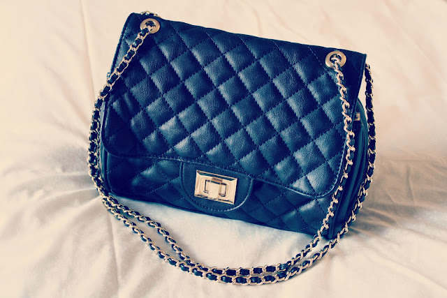 Marc-B-Knightsbridge-quilted-chain-handbag