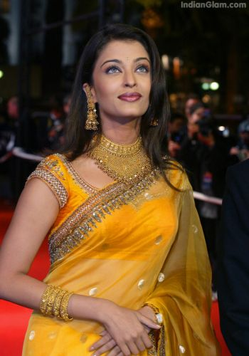 Aishwarya Rai Latest Hairstyles, Long Hairstyle 2011, Hairstyle 2011, New Long Hairstyle 2011, Celebrity Long Hairstyles 2080