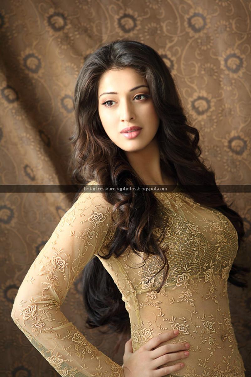 Hot Indian Actress Rare HQ Photos: Actress Lakshmi Rai Latest Stunning ...
