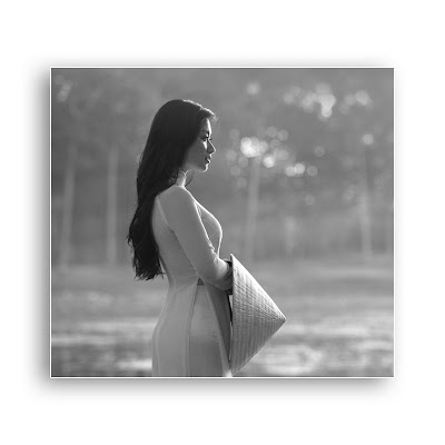 Avatar Facebook đẹp dễ thương nhất - Timeline size, áo dài Việt Nam