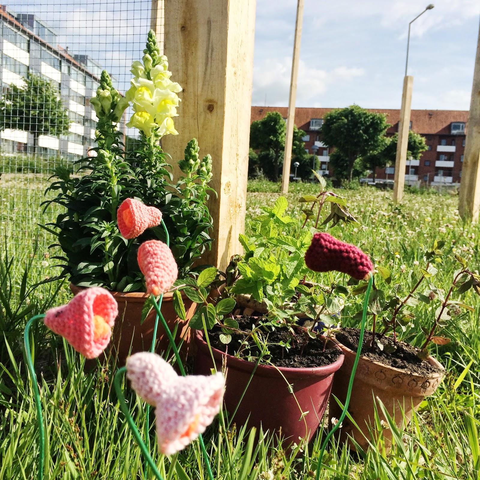 Yarnfarm - a knittet urban garden