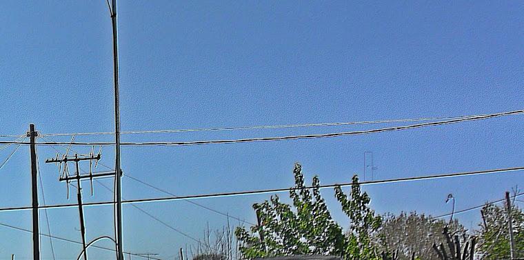 FOTO.ORIGINAL.CON EL ,UFO REMARCADO EN RETANGULO.
