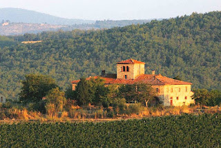 Chianti Travel Guides and Chianti Tourist Information