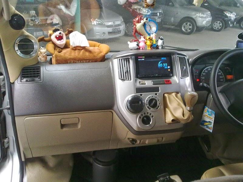 Modifikasi Interior Mobil Daihatsu Granmax