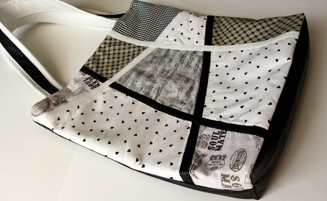 black and white tote-bag
