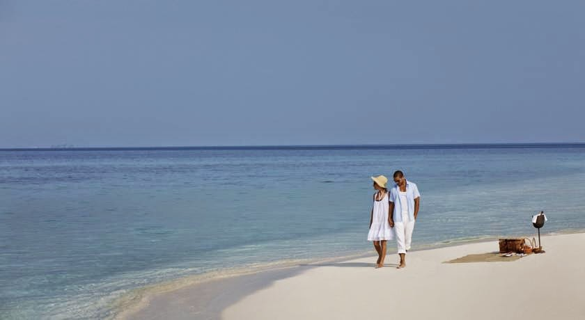 Holiday Inn Resort Kandooma Maldives Vacation with Airfare from New York