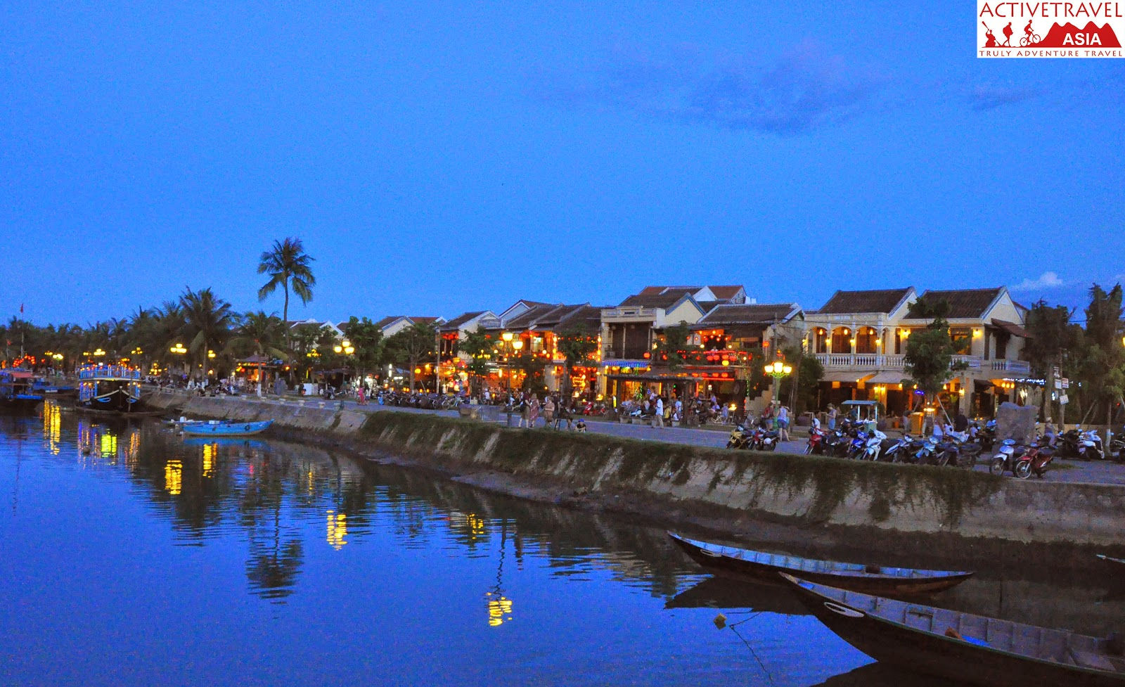Hoi An sunset cruise 6