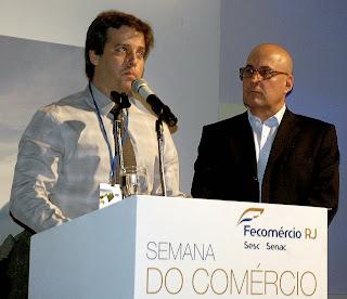 Presidentes da Fecomércio, Orlando Diniz, e do Sincomércio, Igor Edelstein, dão as boas vindas aos empresários