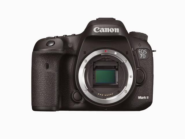 La Canon EOS 7D Mark II senza obiettivo
