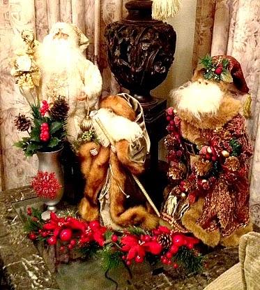 Christmas decor Santas