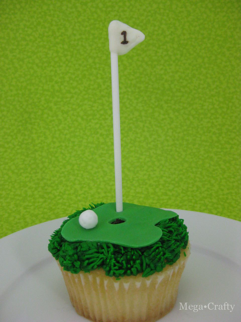 Mega Crafty: Father s Day Golf Cupcake