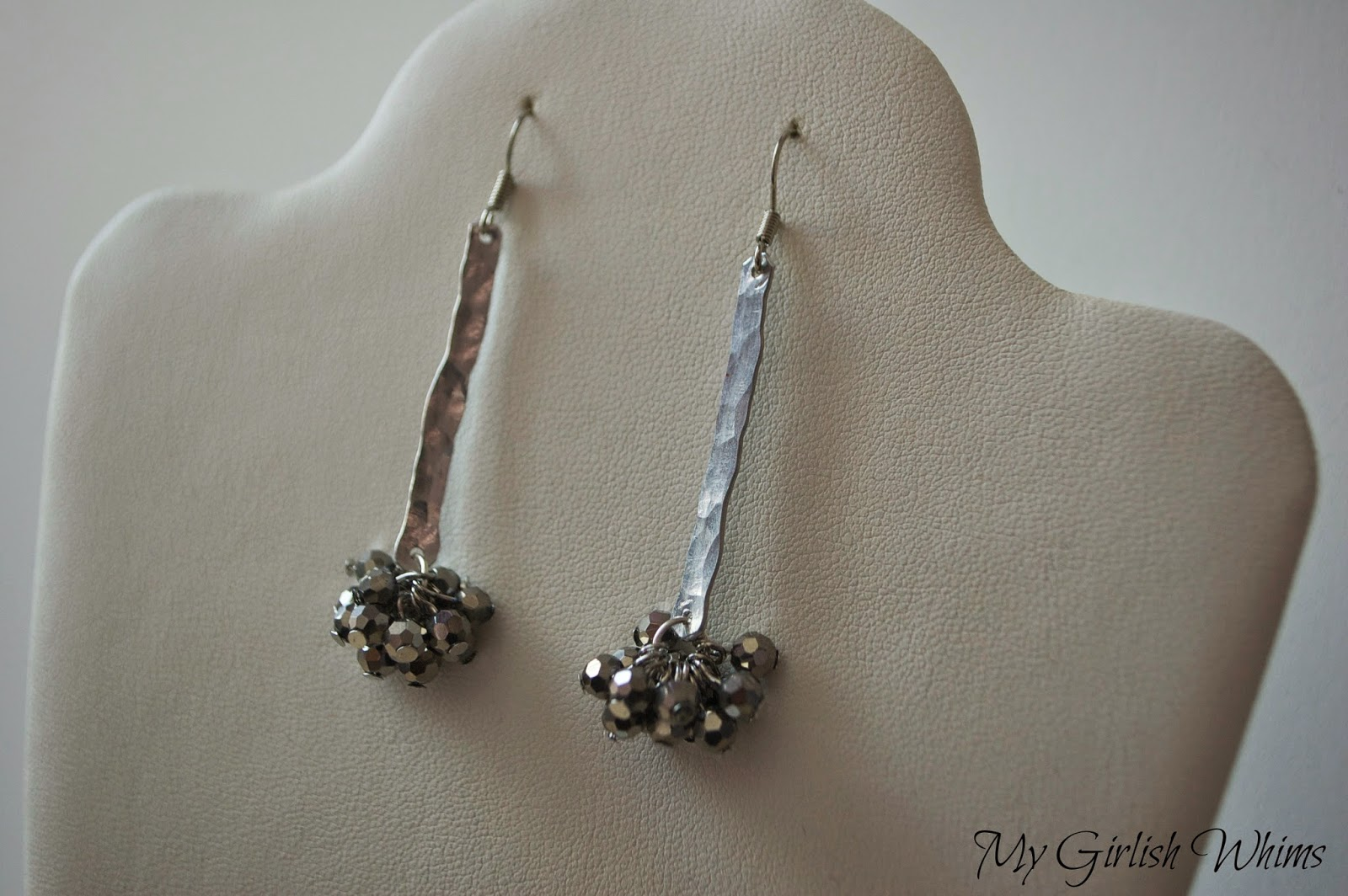 Easy Hammered Wire Earring Tutorial - My Girlish Whims