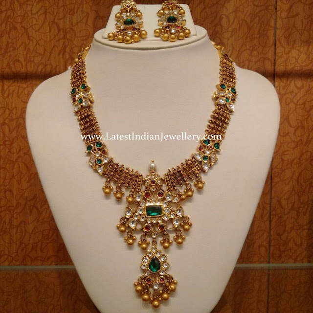 Step Kundan Pendant Necklace