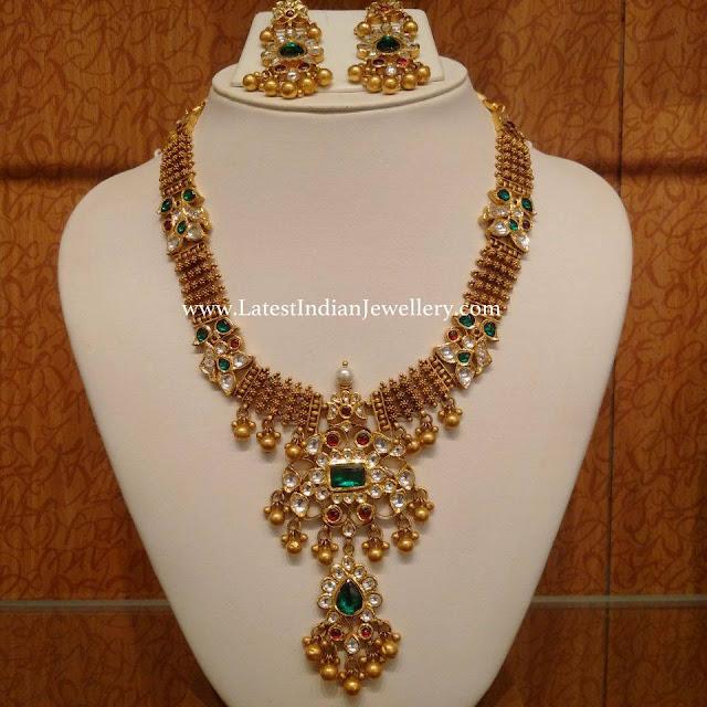 Step Kundan Pendant Necklace