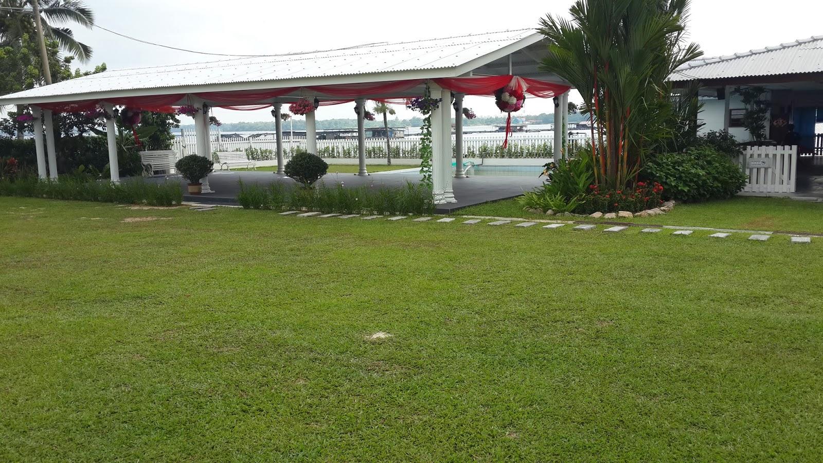 Johor bahru home stay resort seaside view johor bahru for Home wallpaper johor bahru