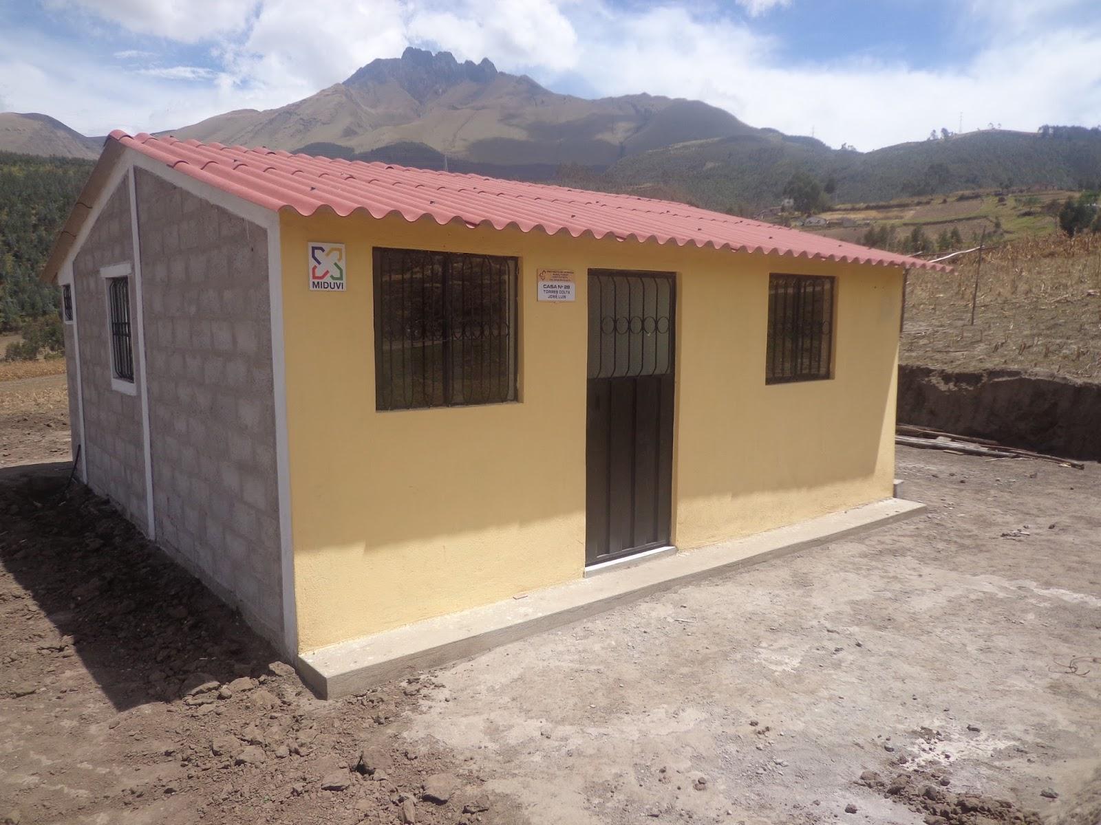 Somos del mismo barro 61 viviendas para imbabura entreg for Ayudas para reformar la vivienda