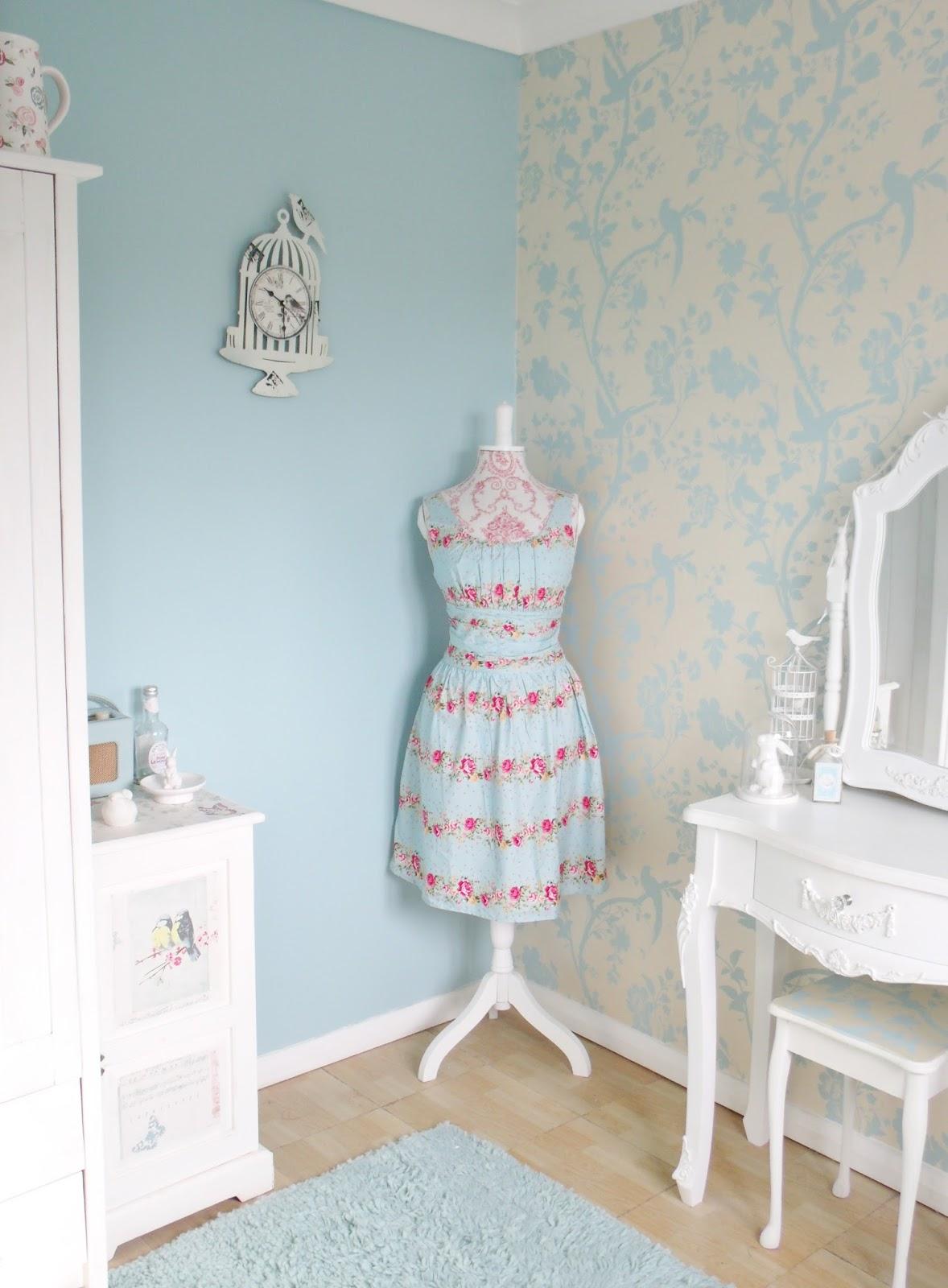 Laura Ashley Wallpaper Bedroom