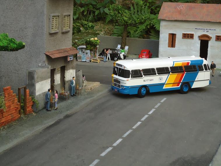 Miniaturas do ônibus Cermava 2 edição 2013