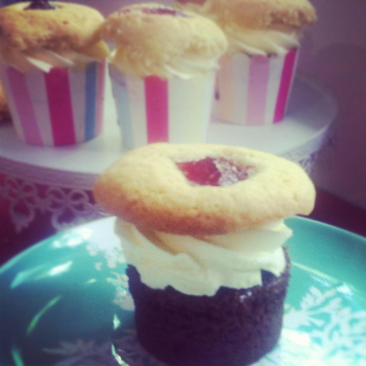 http://weekend-mummy.blogspot.com.au/2013/01/moving-sucks-cupcakes-dont.html