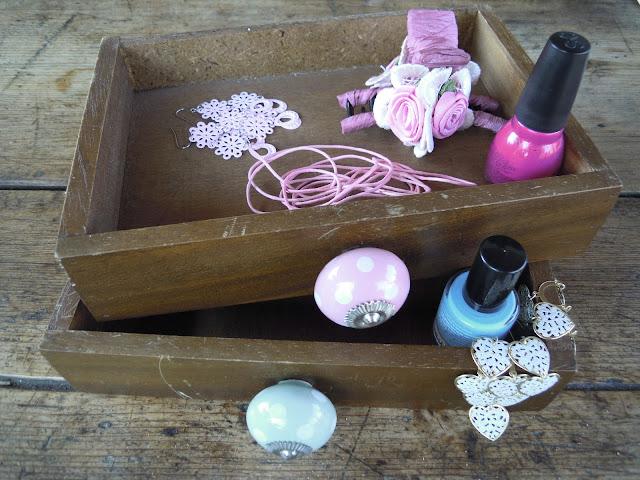 bijoux drawers