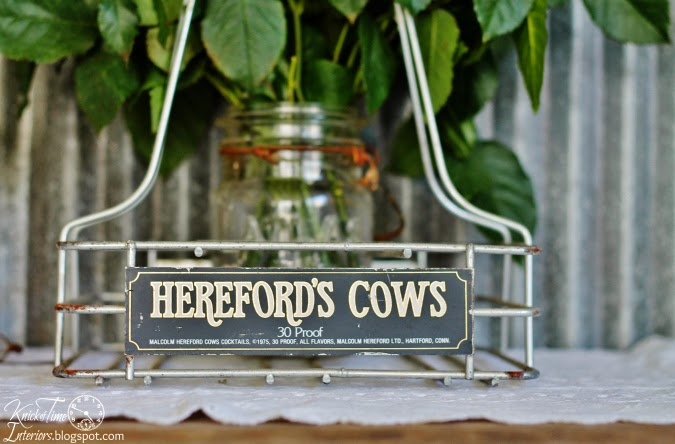 Hereford's Cows Bottle Carrier