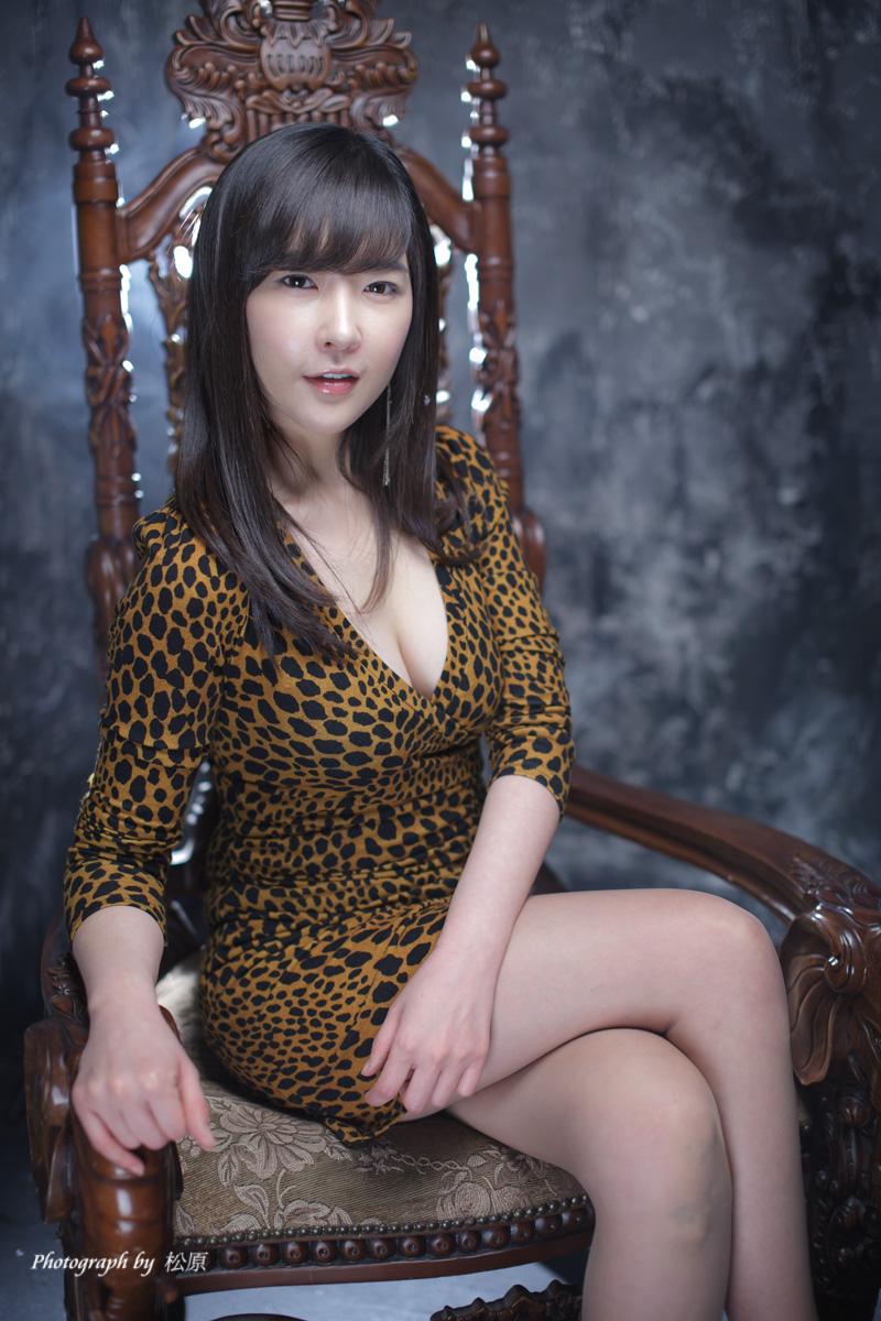 Cleavage Kim Yoo-Yeon nudes (35 pics), Sexy