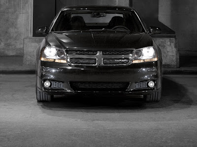 2012 Dodge Avenger wallpaper