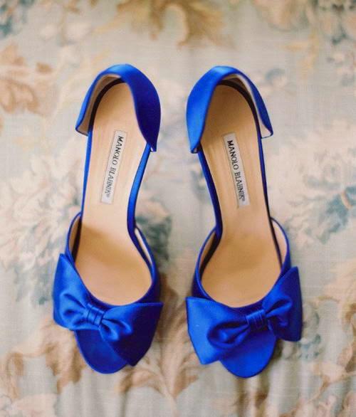 O Φρόιντ (μου) φοράει Dior! εμφάνιση συναισθήματα ορμόνες παπούτσι ρούχο τσάντα Jimmy Choo, Louis Vuitton, Oscar de la Renta, Chanel, Manolo Blahnik
