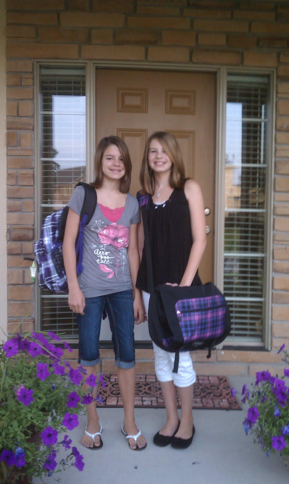 grade school girls pictures tubes