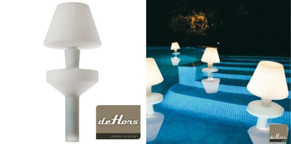 Dehors design lampe flottante metalarte for Lampe dehors