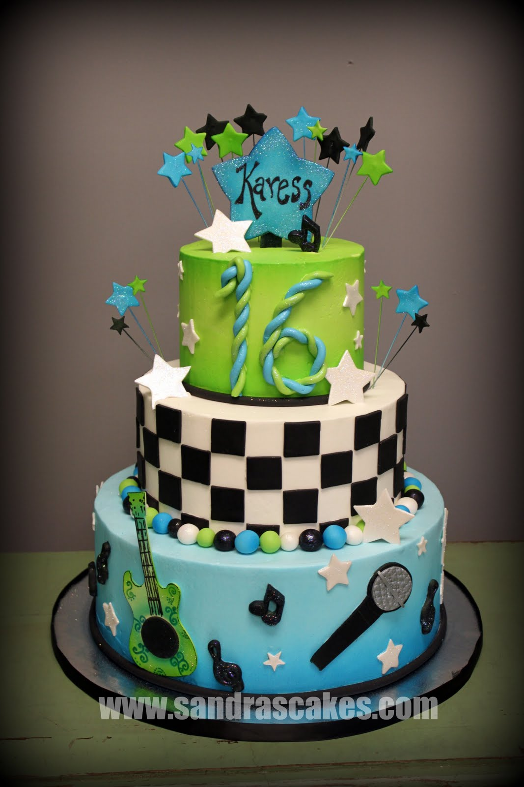 Cake Pictures For Sweet Sixteen : Sweet Sixteen Cakes