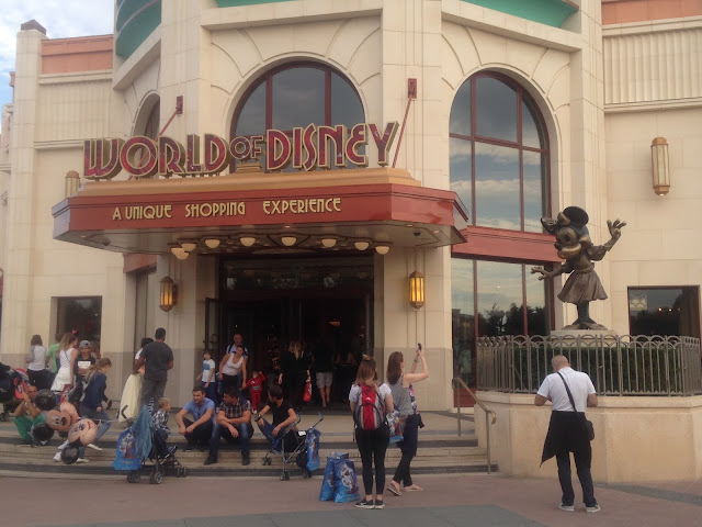 Paris Diary Disneyland Paris Holiday World Disney Shopping
