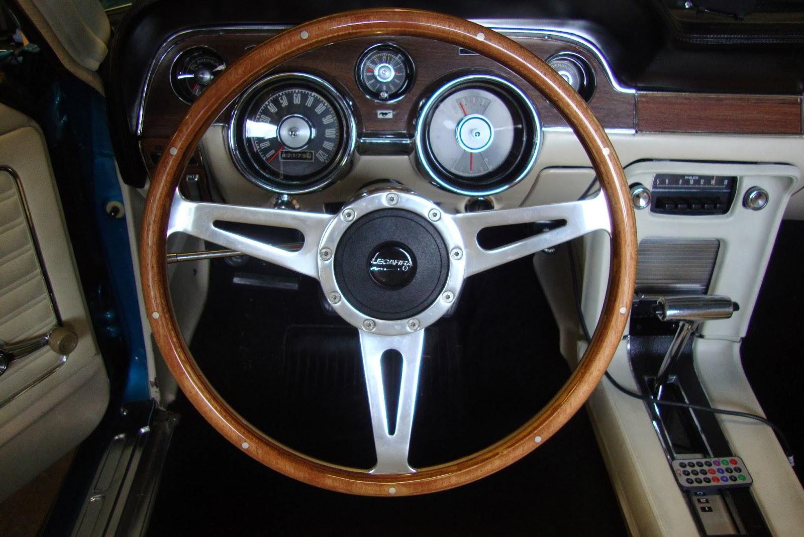 1968 mustang convertible restoration a new steering wheel from santa. Black Bedroom Furniture Sets. Home Design Ideas