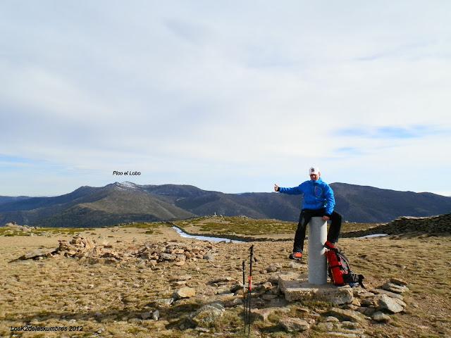 Pico el Lobo desde Peña Cebollera, Sierra de Ayllon