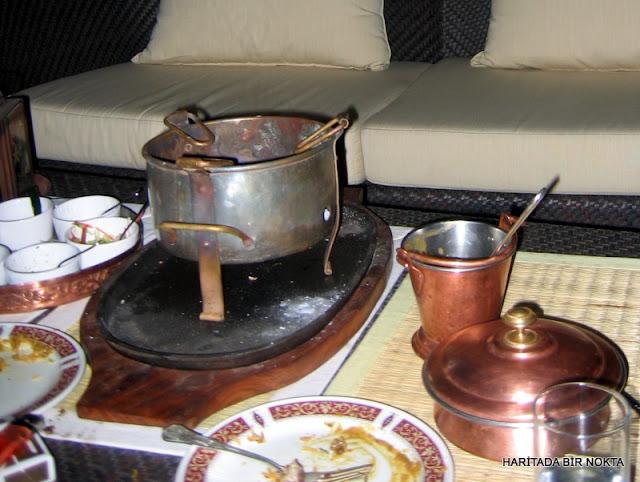 mumtaz mahal'de akşam yemeği muskat