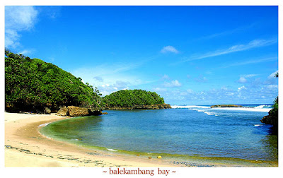 balekambang bay indonesia