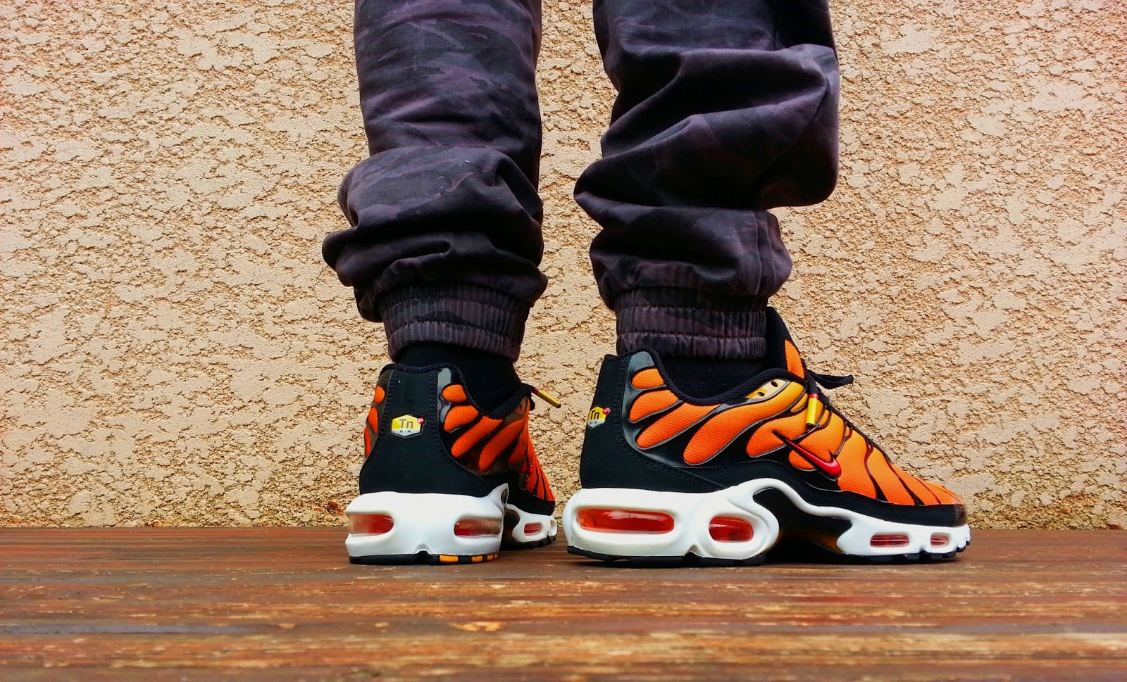 air max plus orange