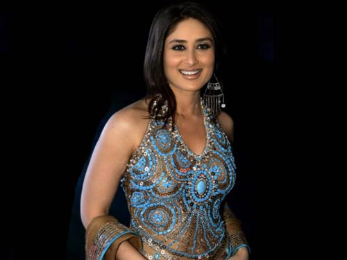 kareena kapoor in a traditional dress 04