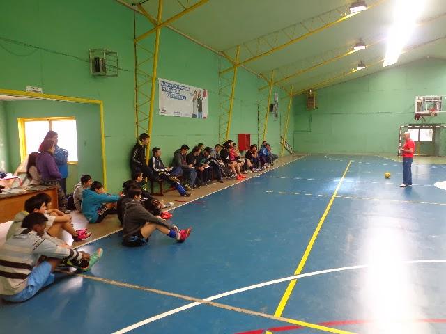 Clinic de Futsal organizado por el CDRS Atenas.