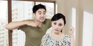 5 Sikap Wanita Yang Bikin Pria Sakit Hati