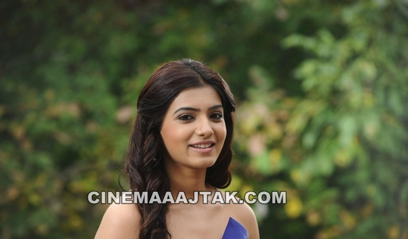 Samantha in Blue Dress - Samantha Ruth in Blue Dress Close Up Pics