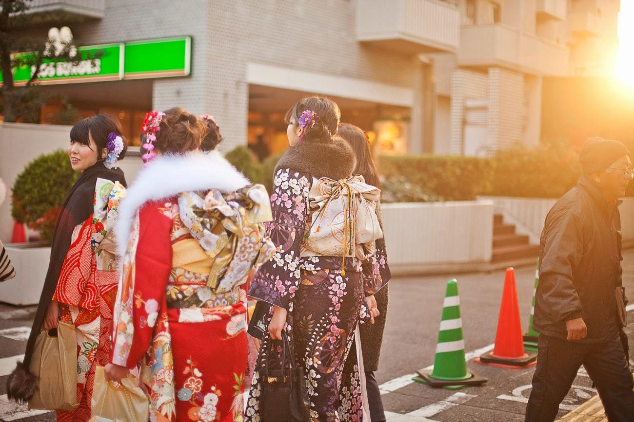Japonesas en kimono